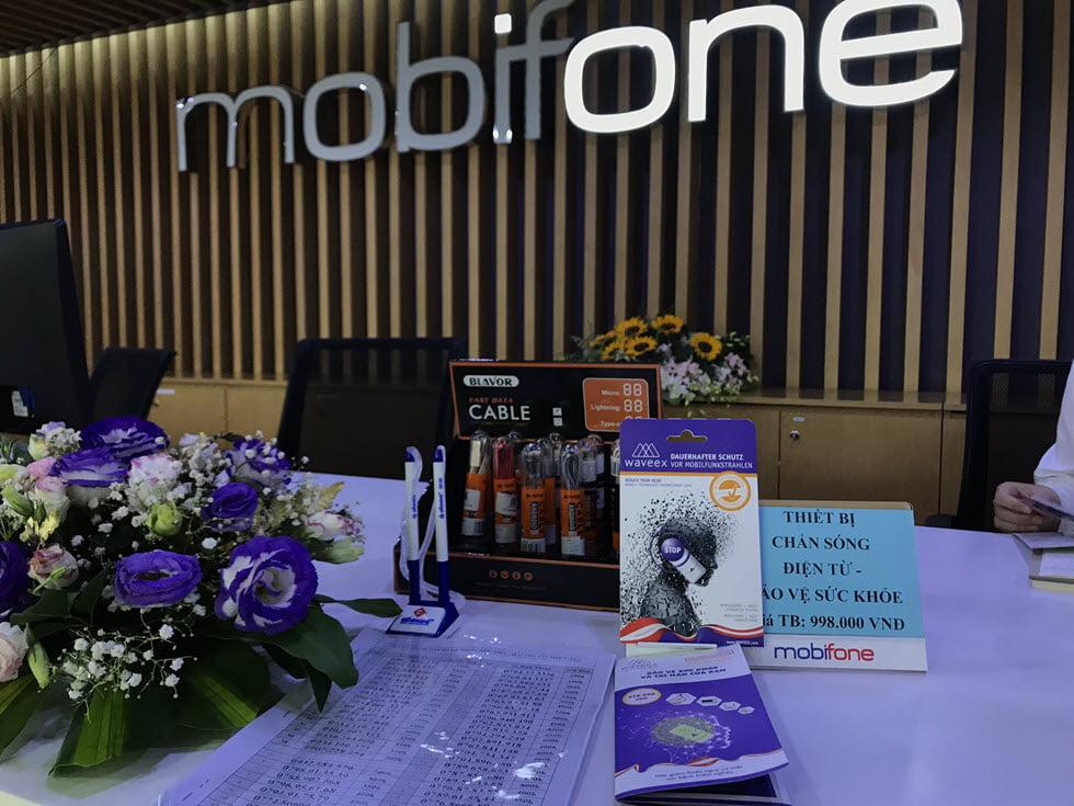 Mobifone phân phối sản phẩm Chip chắn bức xạ điện từ Waveex Mobile